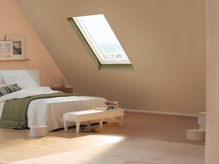 velux klapp schwingfenster gpu 0060 kunststoff thermo plus. Black Bedroom Furniture Sets. Home Design Ideas